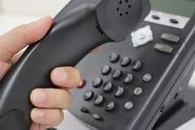 Combiné téléphonique décroché